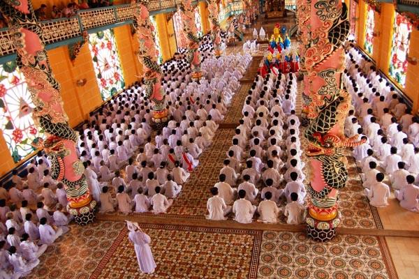 Cao Dai Temple Cu Chi Tunnels Day Tour