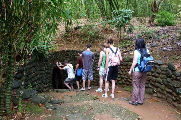 DMZ Vinh Moc Tunnels Day Tour