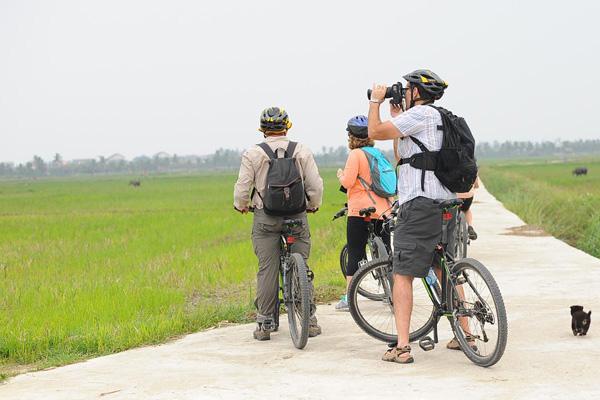 Cycling Vietnam Tour 15 Days