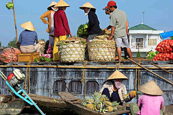 Mekong Cai Be Floating Market Day Tour