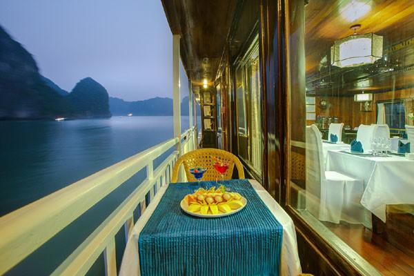 Halong Bay Tour Flamingo Cruise (12)