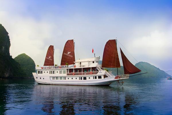 Halong Bay Tour Flamingo Cruise (8)