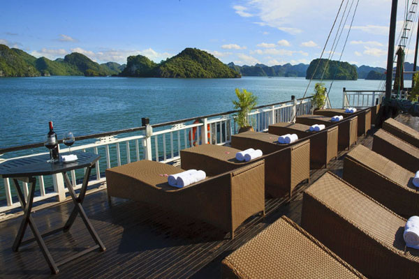 Halong Tours Bai Tho Junks (6)